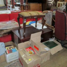 wed 5 may auction photos 073