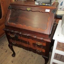 wed 5 may auction photos 075
