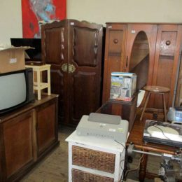 wed 5 may auction photos 076
